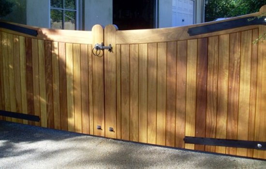 bespoke-joinery-window-gate-daryl-lloyd